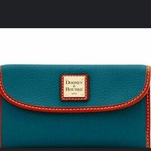 Dooney & Bourke pebbled leather wallet